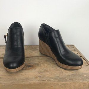 DR. SCHOLL'S black vegan leather wedges size 7